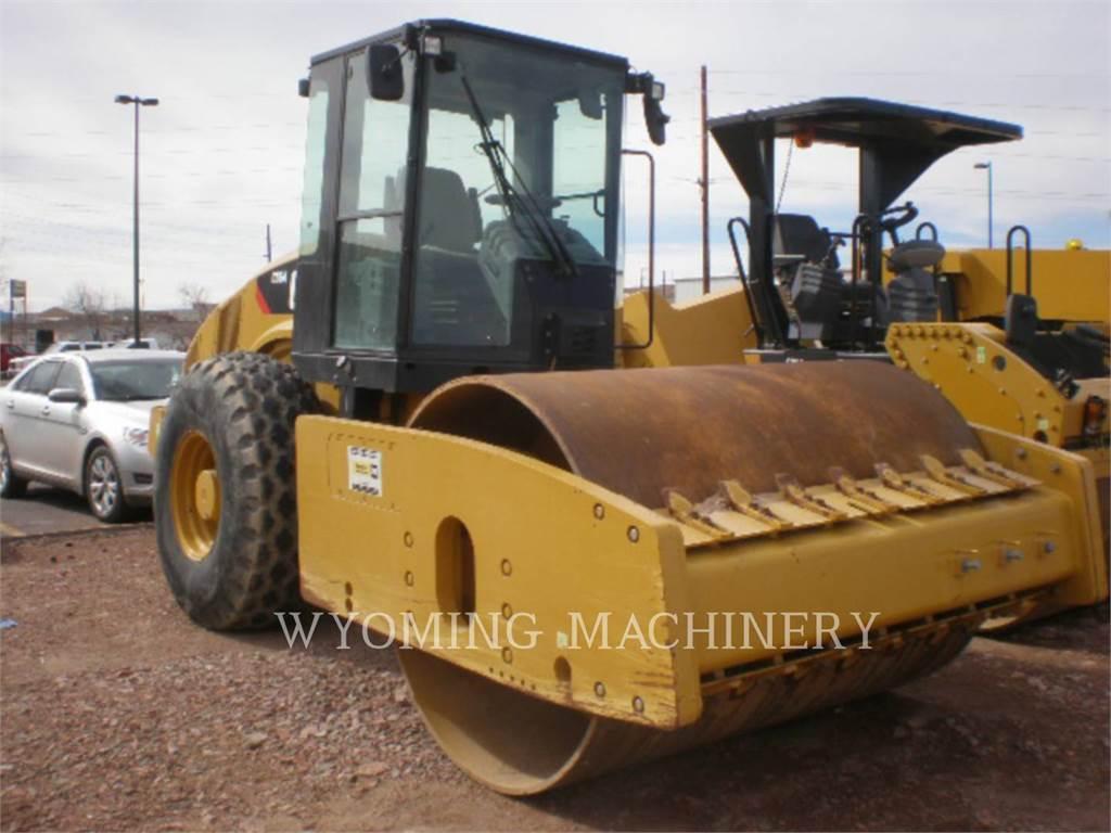 Caterpillar CS64, Single drum rollers, Construction