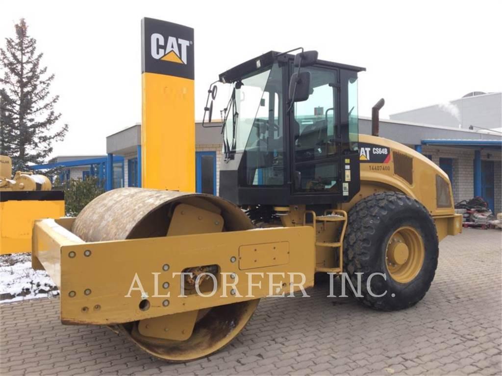 Caterpillar CS64B, Single drum rollers, Construction