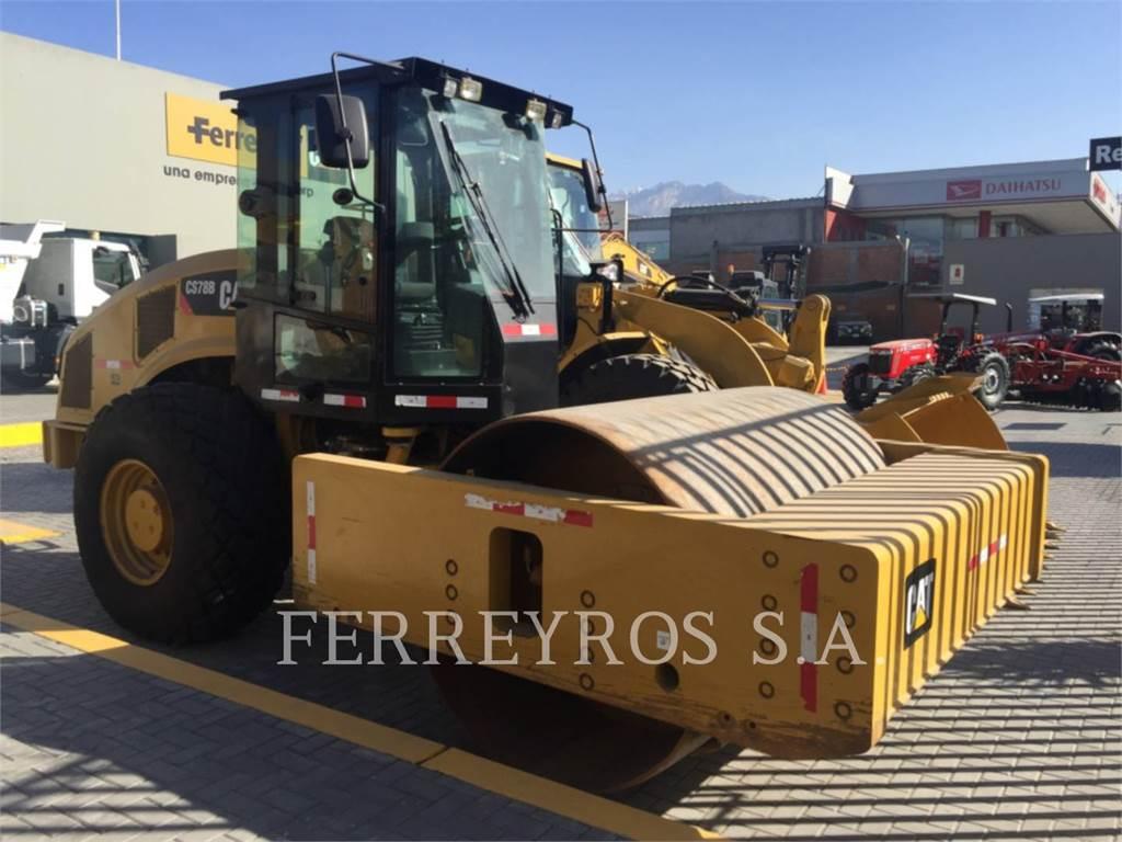 Caterpillar CS78B, Walce jednobębnowe, Sprzęt budowlany