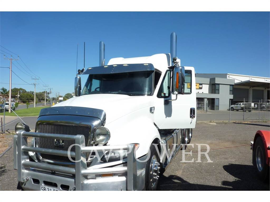 Caterpillar CT630B, on highway trucks, Transport