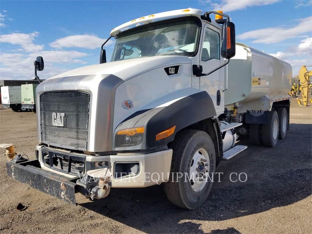 Caterpillar CT660 WT, Camiones cisterna, Construcción
