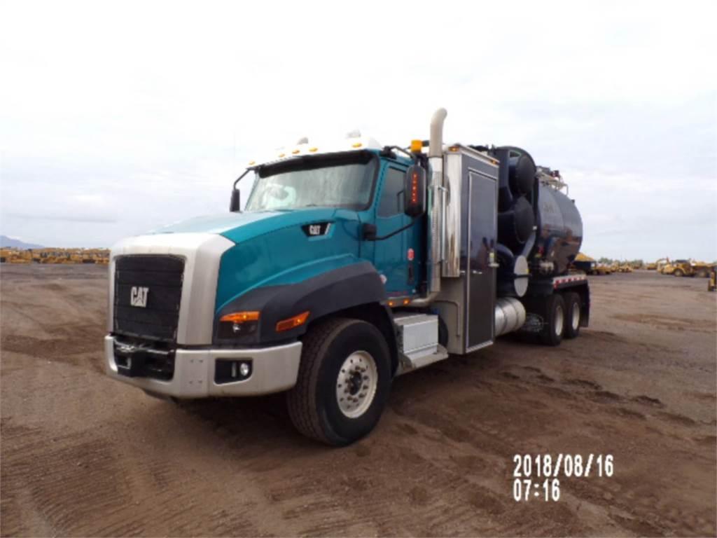 Caterpillar CT660L, camiones de carreter, Transporte