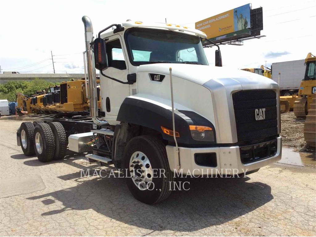 Caterpillar CT660S, on highway trucks, Transport