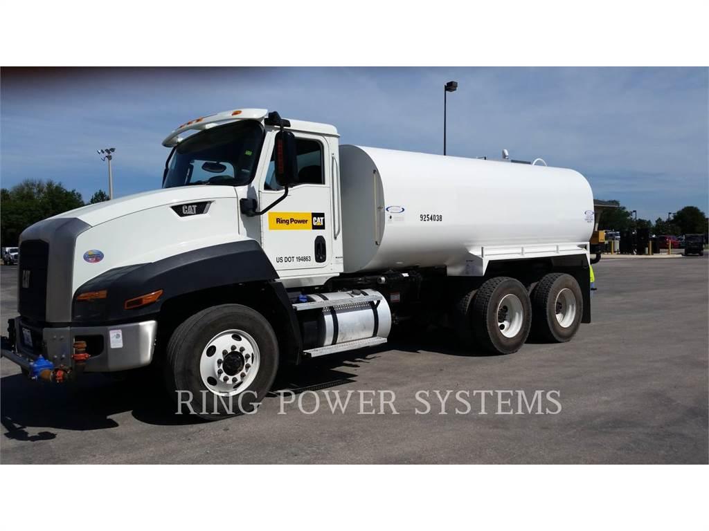 Caterpillar CT660S, camions citerne a eau, Transport