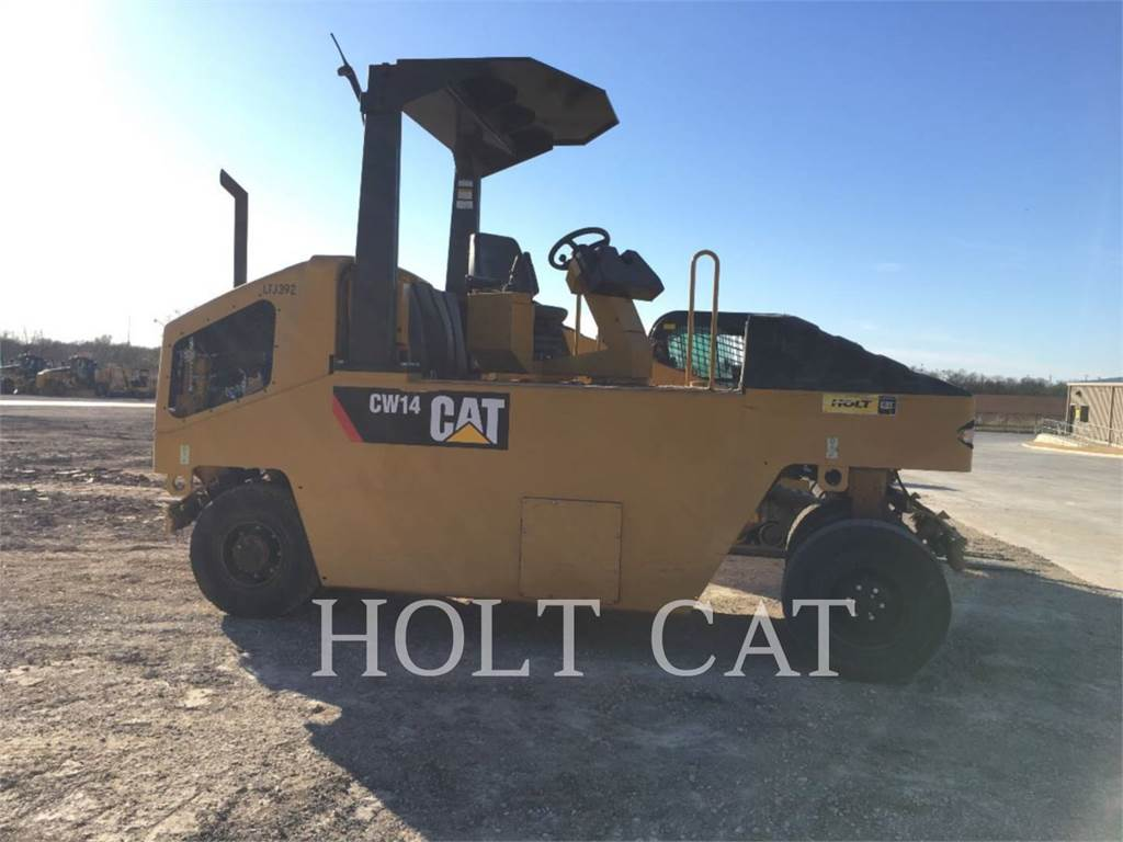Caterpillar CW14, Single drum rollers, Construction
