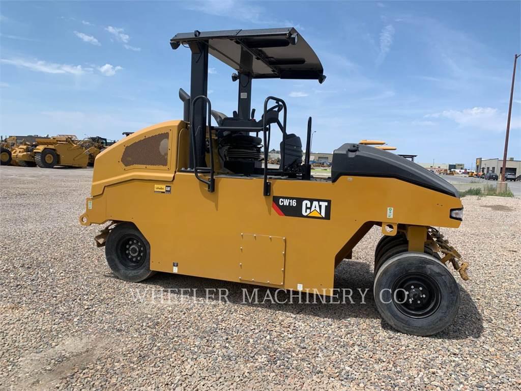 Caterpillar CW16, pneumatic tired compactors, Construction