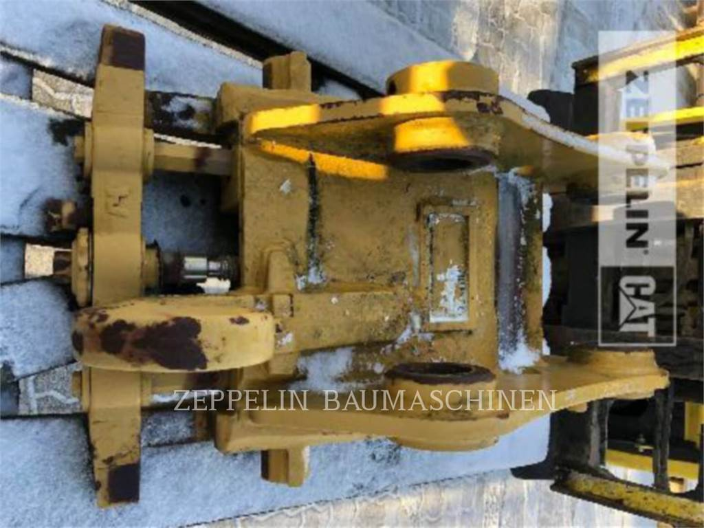 Caterpillar CW20, Quick Connectors, Construction