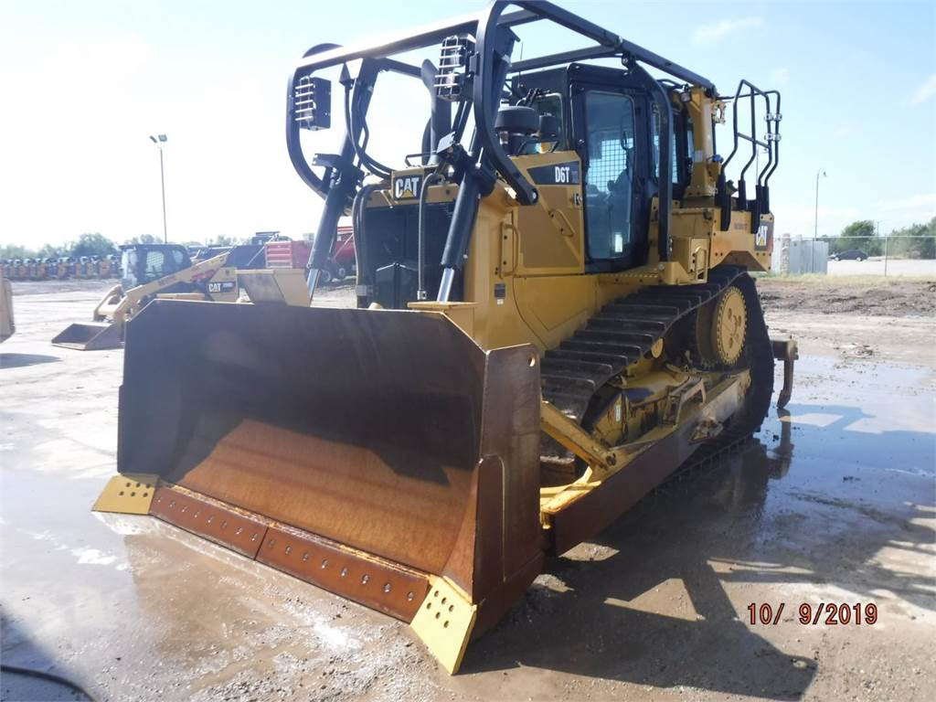 Caterpillar D 6 T, Bulldozers, Bouw