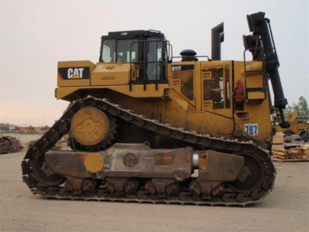 Caterpillar D11T, Dozers, Construction