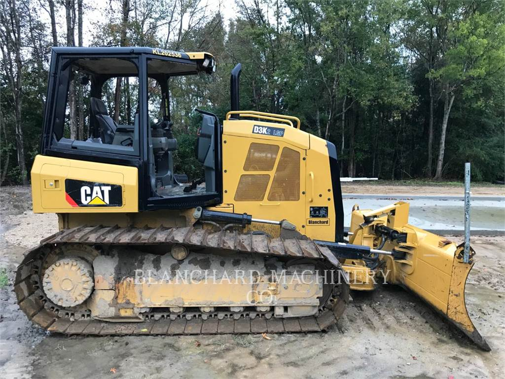 Caterpillar D3K2LGP, Buldozere, Constructii