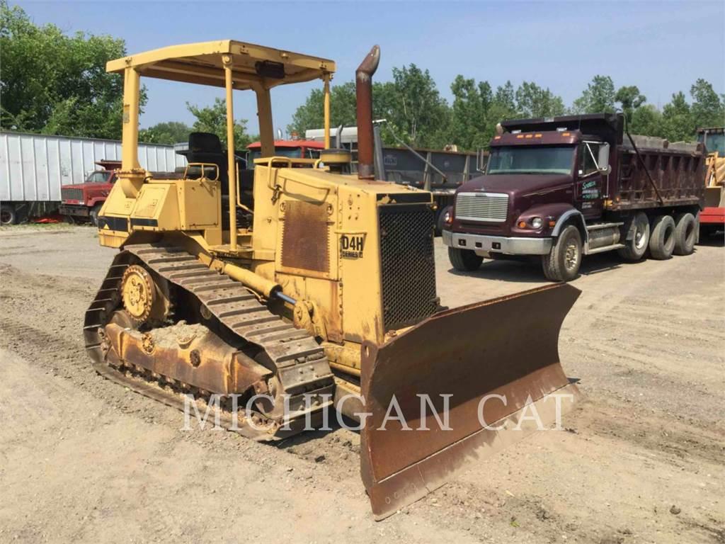 Caterpillar D4HII, Dozers, Construction