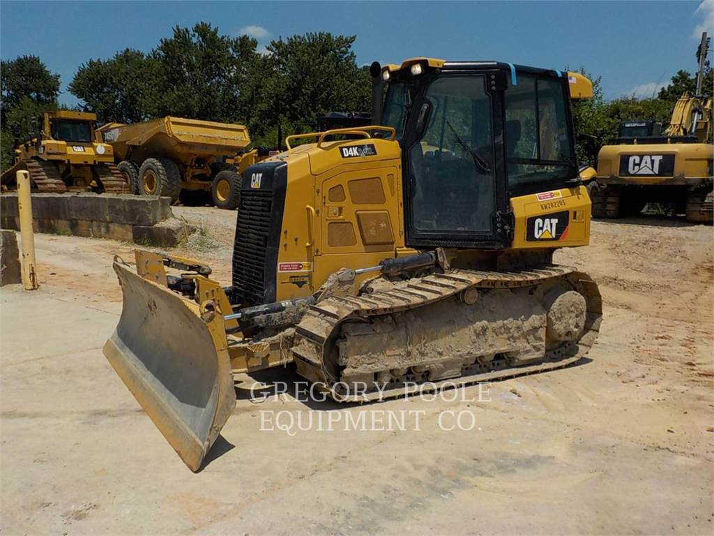 Caterpillar D4K XL, Bulldozers, Bouw