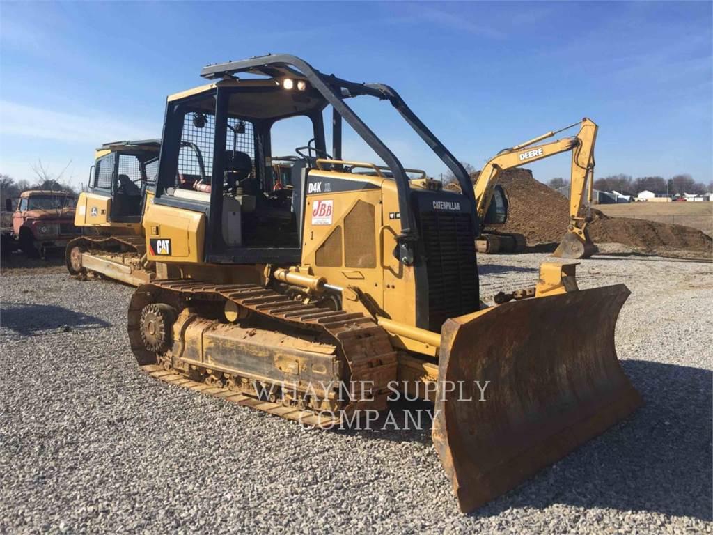 Caterpillar D4KXL, Bulldozers, Construcción