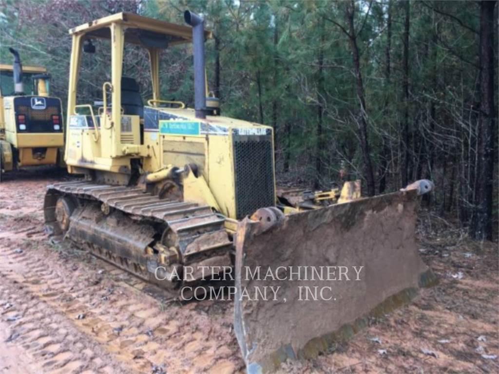 Caterpillar D5C - Dozers - Construction - CATERPILLAR WORLDWIDE