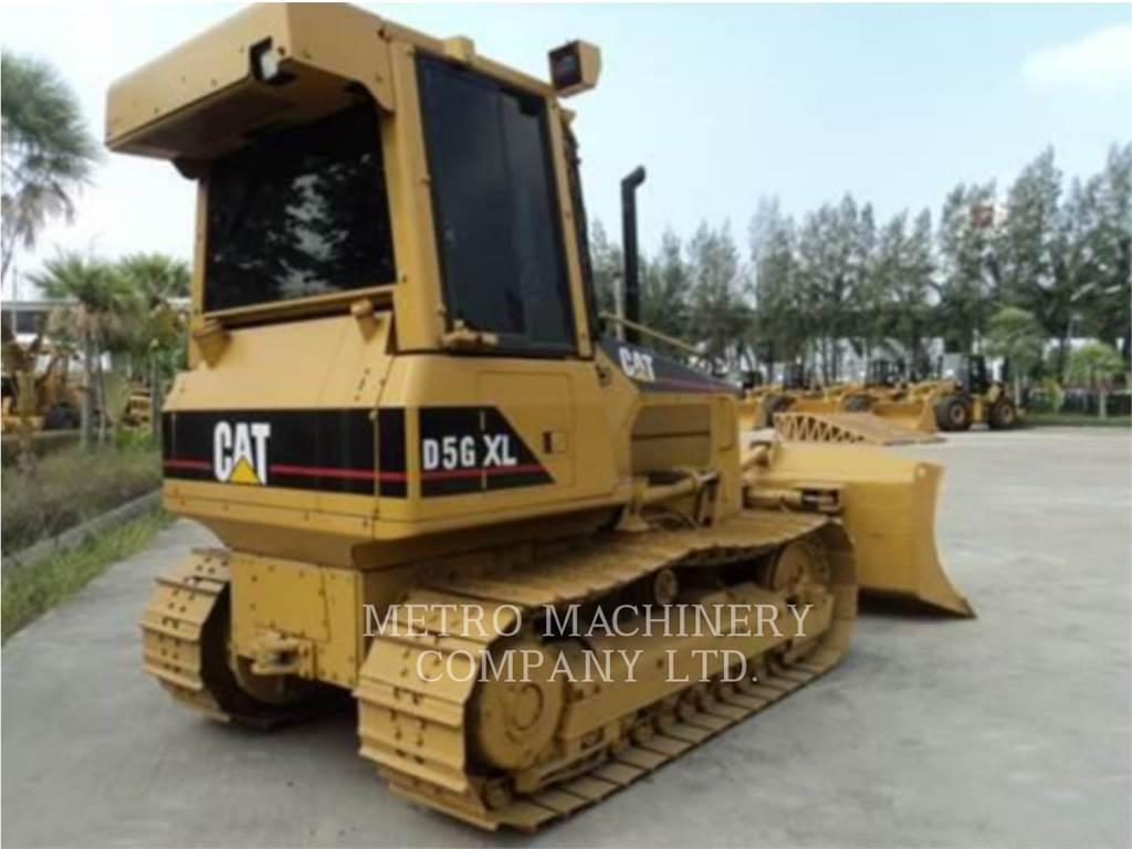 Caterpillar D5GXL, Spycharki, Sprzęt budowlany