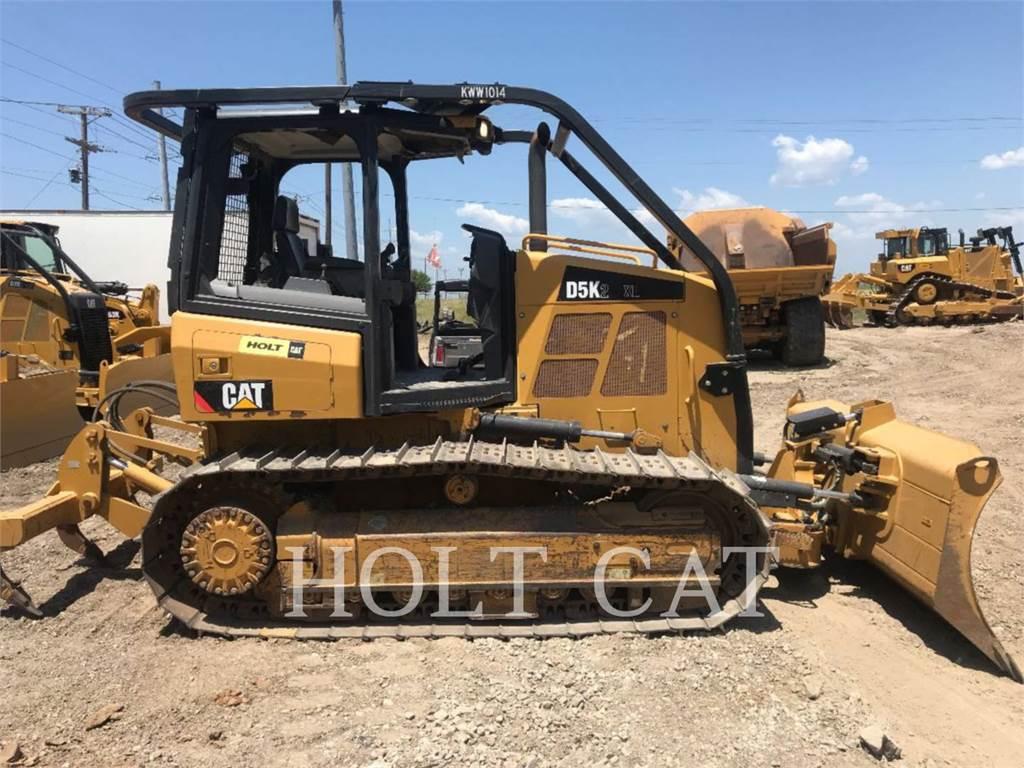 Caterpillar D5K, Bulldozers, Bouw