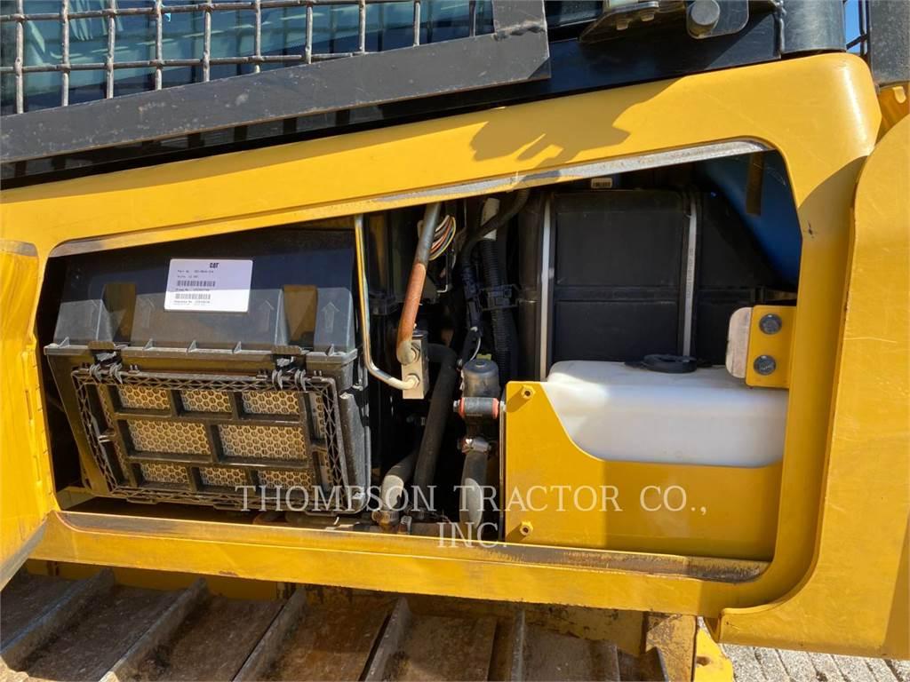 Caterpillar D5K2, Crawler dozers, Construction
