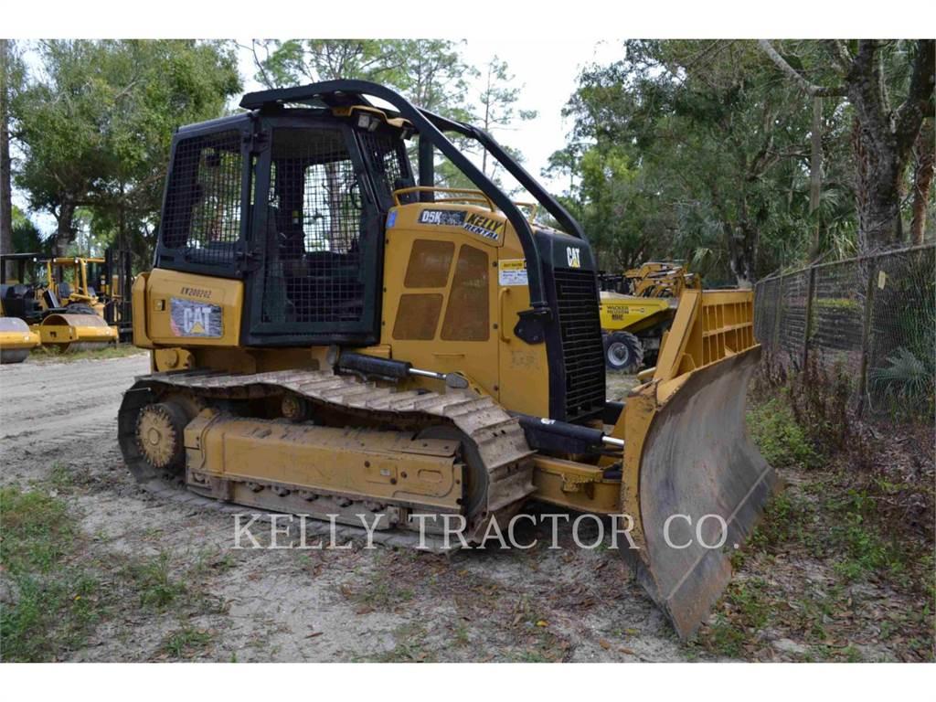 Caterpillar D5K2XL、ブルドーザー、建設