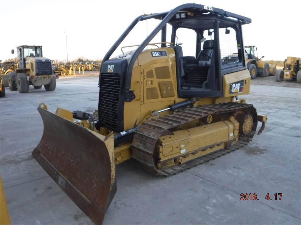 Caterpillar D5K2XL, Bulldozers, Construcción