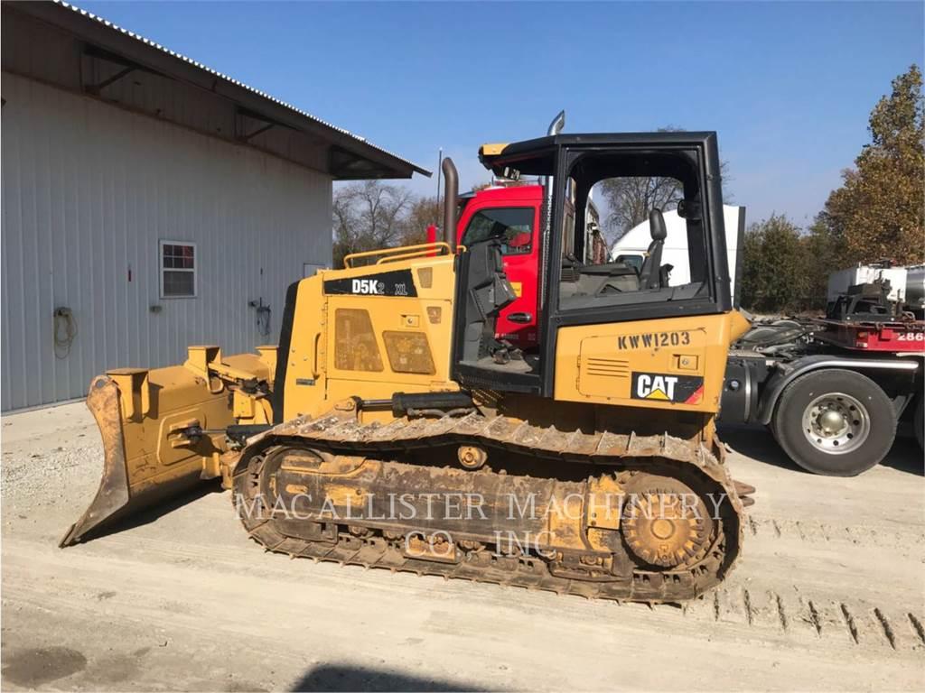 Caterpillar D5K2XL, Crawler dozers, Construction