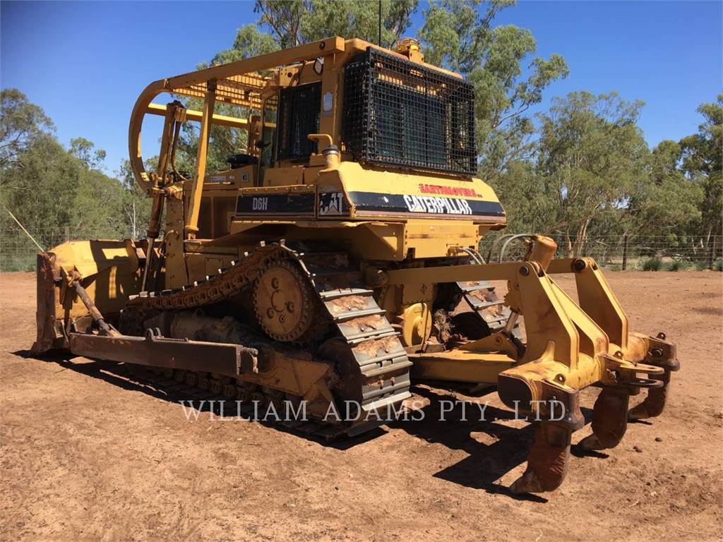 Caterpillar D6H, Dozers, Construction