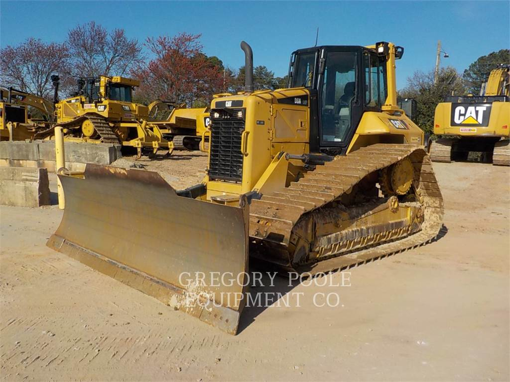 Caterpillar D6N、ブルドーザー、建設
