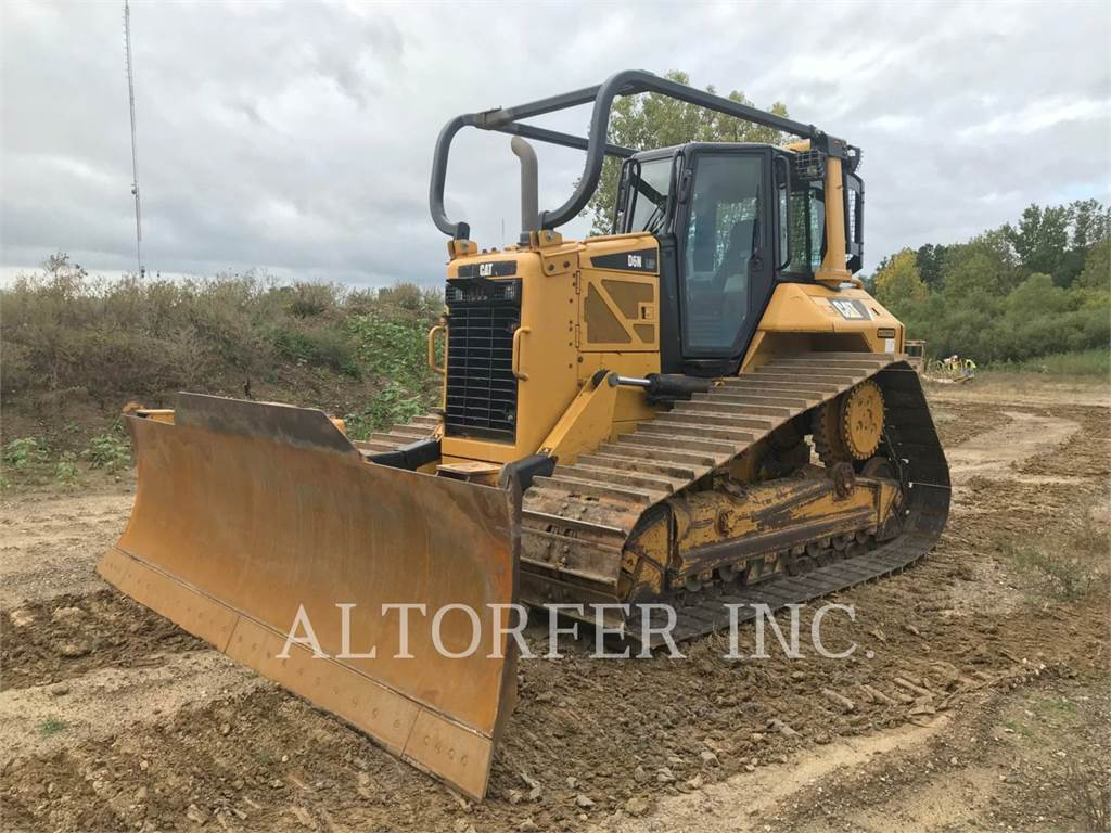 Caterpillar D6N LGP, Crawler dozers, Construction