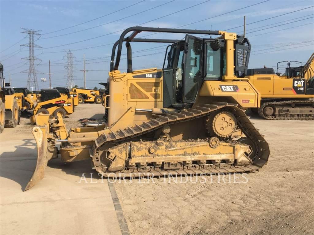 Caterpillar D6N LGP, Crawler dozers, Construction