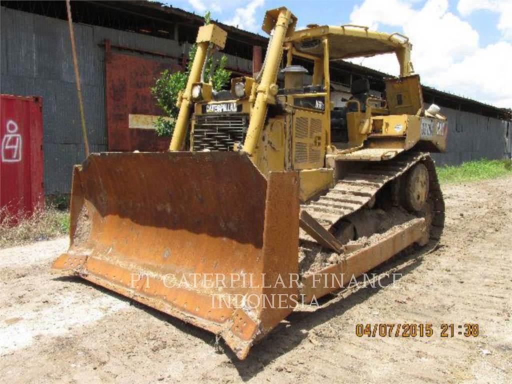 Caterpillar D6RIII, Bulldozers, Construcción