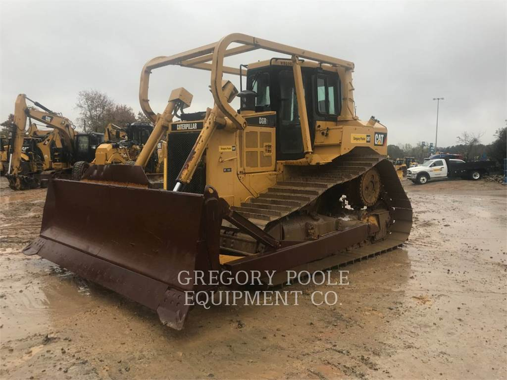 Caterpillar D6RIIILGP, Dozers, Construction