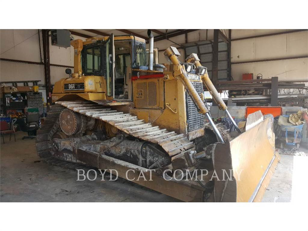 Caterpillar D6RLGP, Dozers, Construction