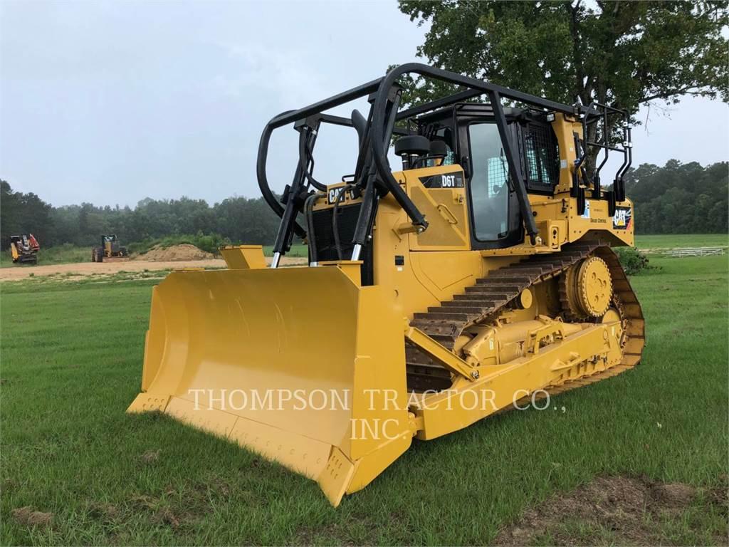 Caterpillar D6T, Dozers, Construction