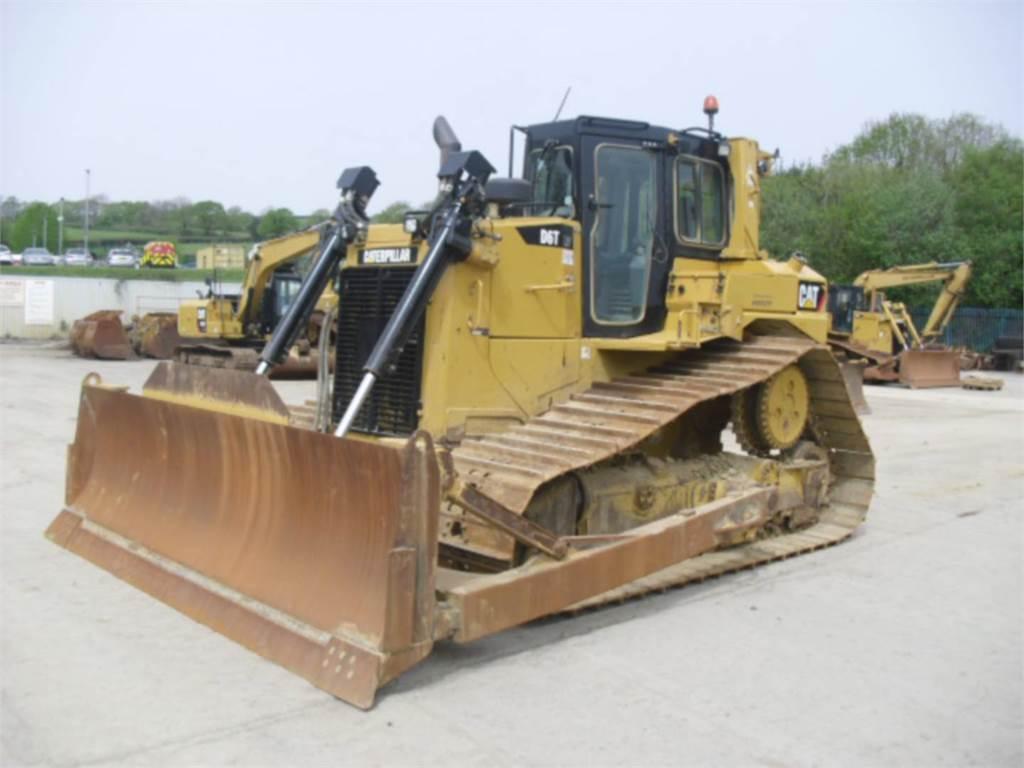 Caterpillar D6T, Tratores de rastos, Equipamentos Construção