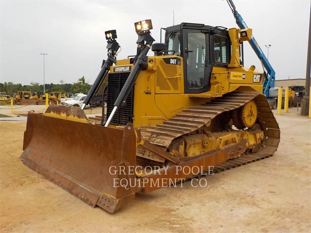 Caterpillar D6T LGP, Crawler dozers, Construction