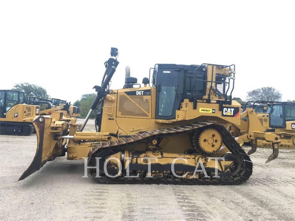 Caterpillar D6T LGPVP, Bulldozers, Construcción