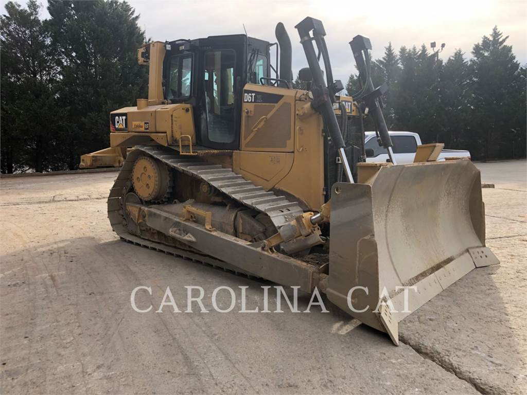 Caterpillar D6T-T4 XL, Bulldozers, Bouw