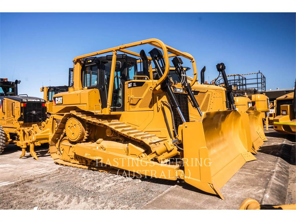 Caterpillar D6TXL, Dozers, Construction