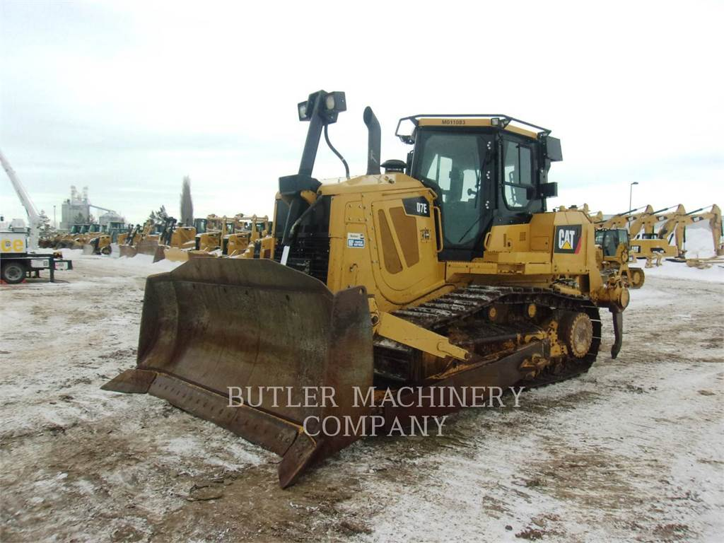 Caterpillar D7E, Crawler dozers, Construction