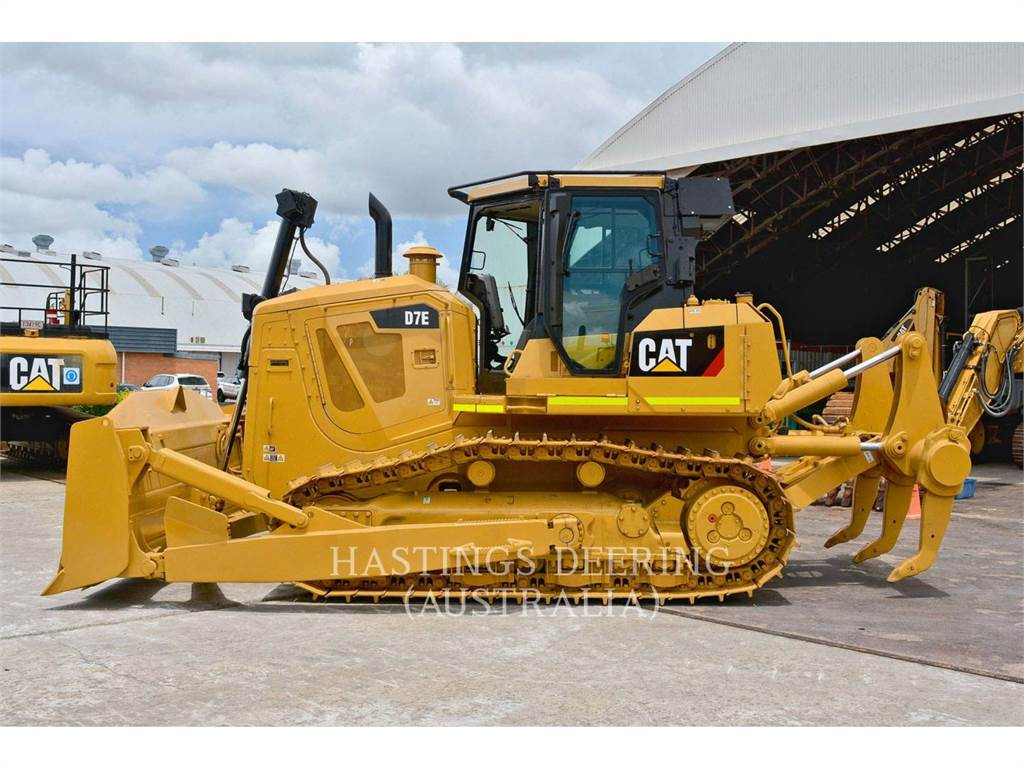 Caterpillar D7E、ブルドーザー、建設