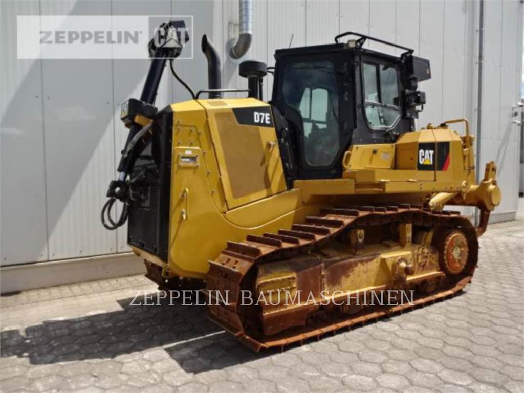 Caterpillar D7E, Tratores de rastos, Equipamentos Construção