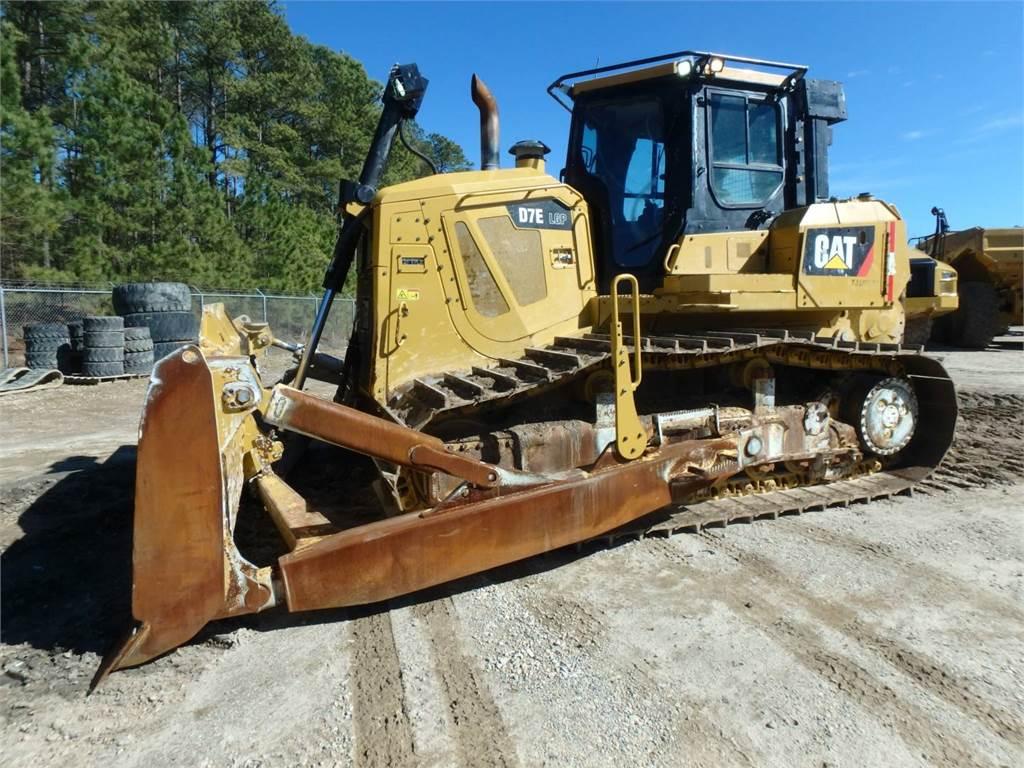 Caterpillar D7ELGP, Bulldozers, Construcción
