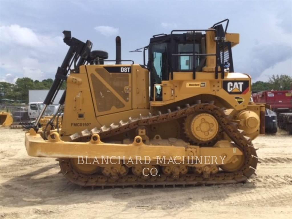 Caterpillar D8T, Crawler dozers, Construction