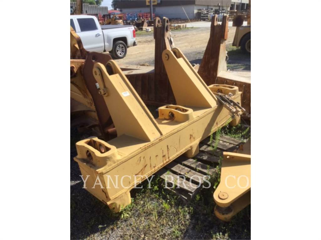 Caterpillar D8T MS RIP, Rippers, Construction