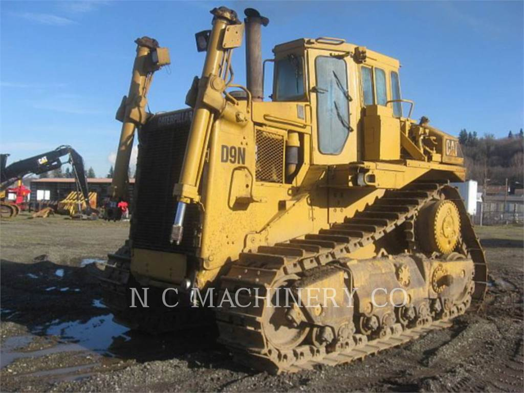 Caterpillar D9N, Dozers, Construction