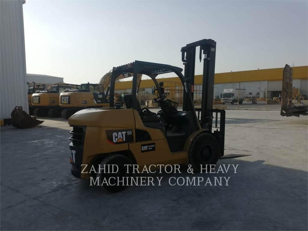 Caterpillar DP 50, Chariots diesel, Manutention
