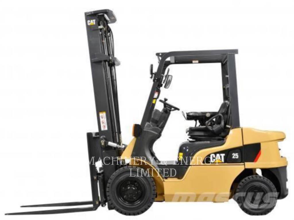 Caterpillar DP30, Misc Forklifts, Material Handling