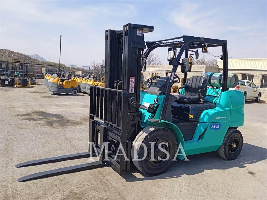 Caterpillar FG40N, Misc Forklifts, Material Handling