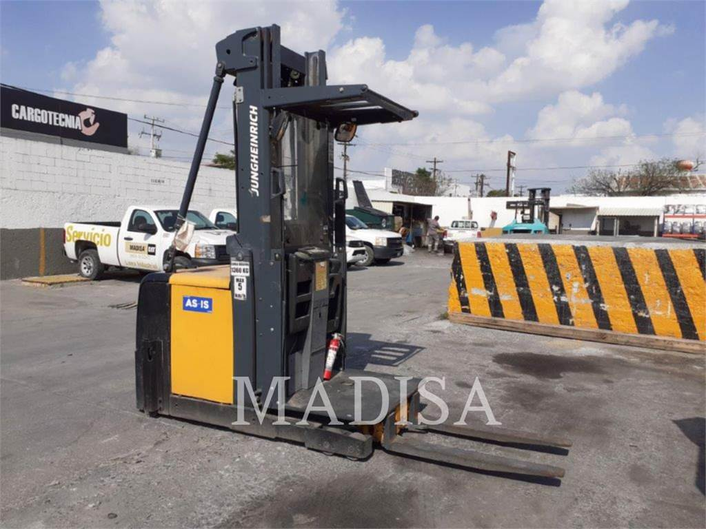 Caterpillar LIFT TRUCKS EKS308, Electric Forklifts, Material Handling