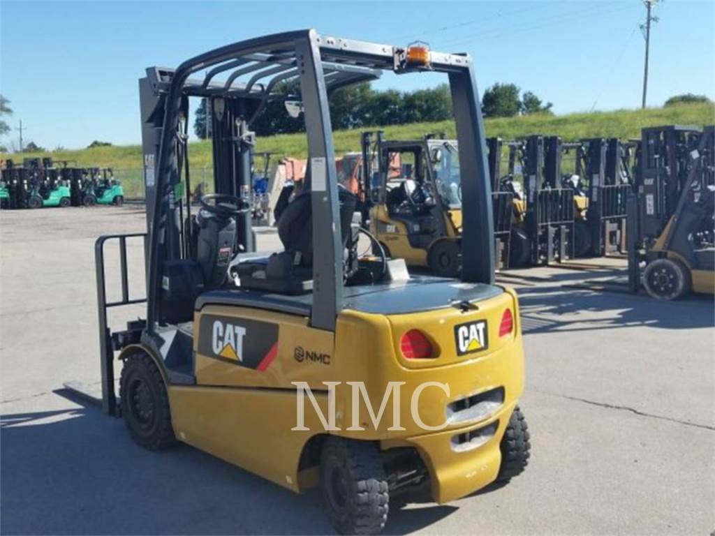 Caterpillar LIFT TRUCKS EP6000, Electric Forklifts, Material Handling
