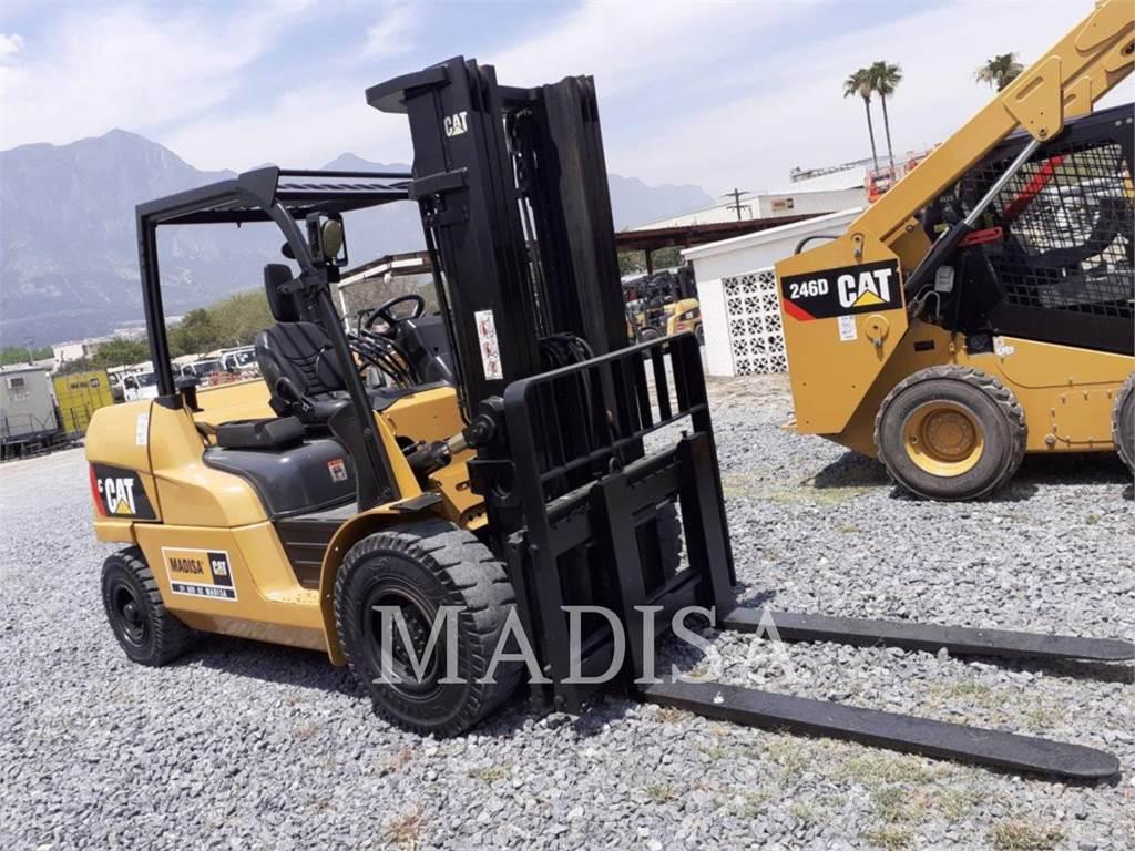 Caterpillar LIFT TRUCKS PD11000, Diesel Forklifts, Material Handling